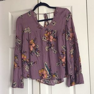 Tops - Floral 70's style top from Target • Size XS/S •